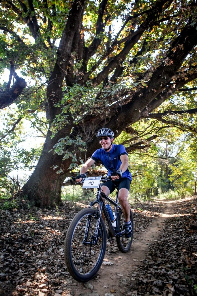 Franc Malan enjoying the scintillating trails of Stage 1 of the 2017 Glacier Cradle Traverse, in Muldersdrift on Friday the 5th of May 2017. Photo by Oakpics.com.