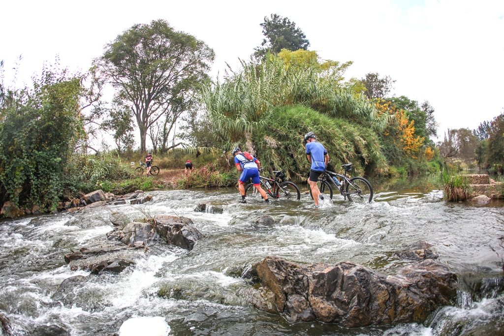 Riders cross the Crocodile River during Stage 2 of the Glacier Cradle Traverse, on Saturday the 6th of May 2017. Photo by Oakpics/Cradle Traverse/Sportzpics.